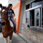 horse-at-whataburger-700x394